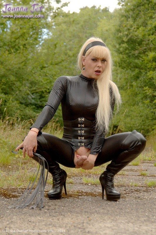 Shemale Emma In Boots 34